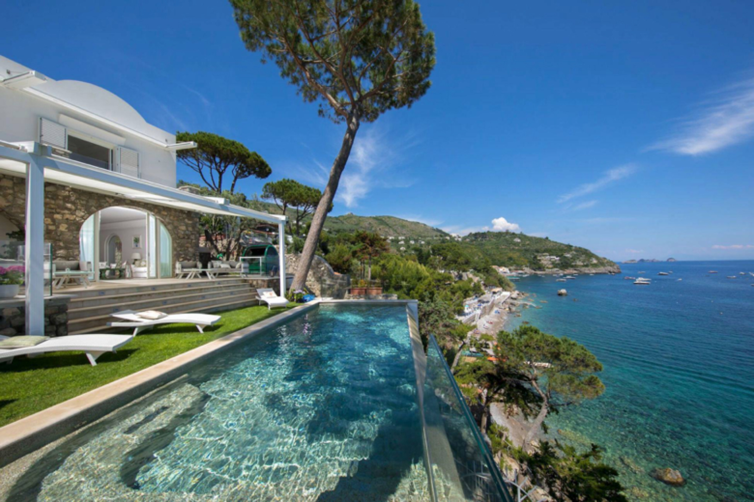 Home in Italy: Bringing a Touch of Luxury to Your Holiday - News -  Orizzonte Italia Magazine
