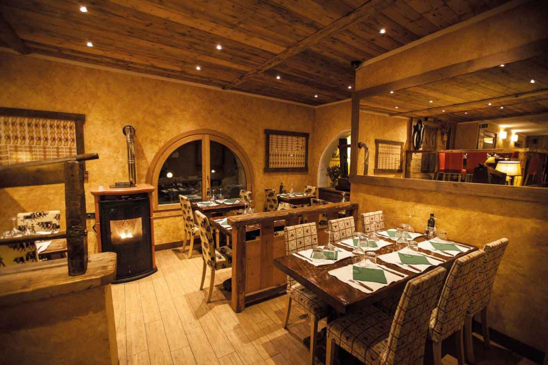 L\'Étoile - Pizzeria and steak house in Courmayeur - Partners ...