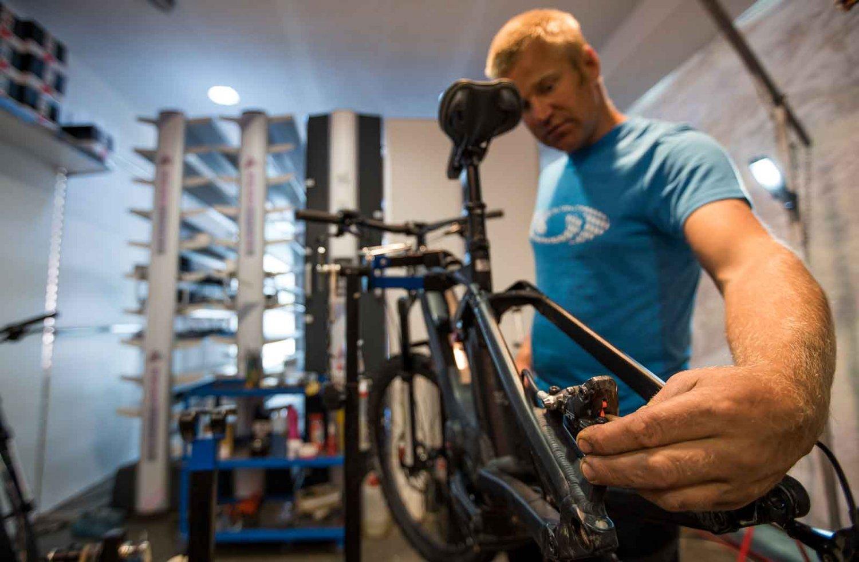 Peak Sport Adventure bike sales and rental shop in Canazei
