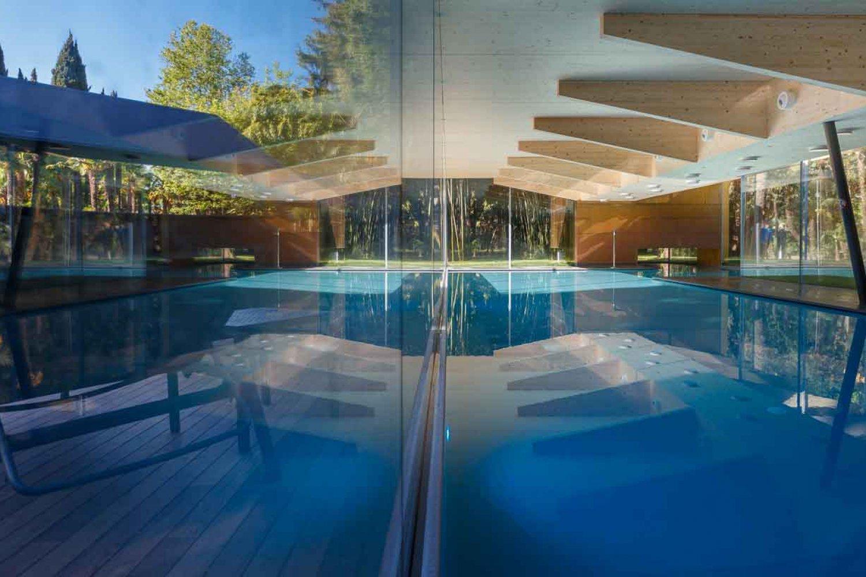 Du lac et du parc grand resort hotel di lusso a riva del - Hotel con piscina coperta riva del garda ...