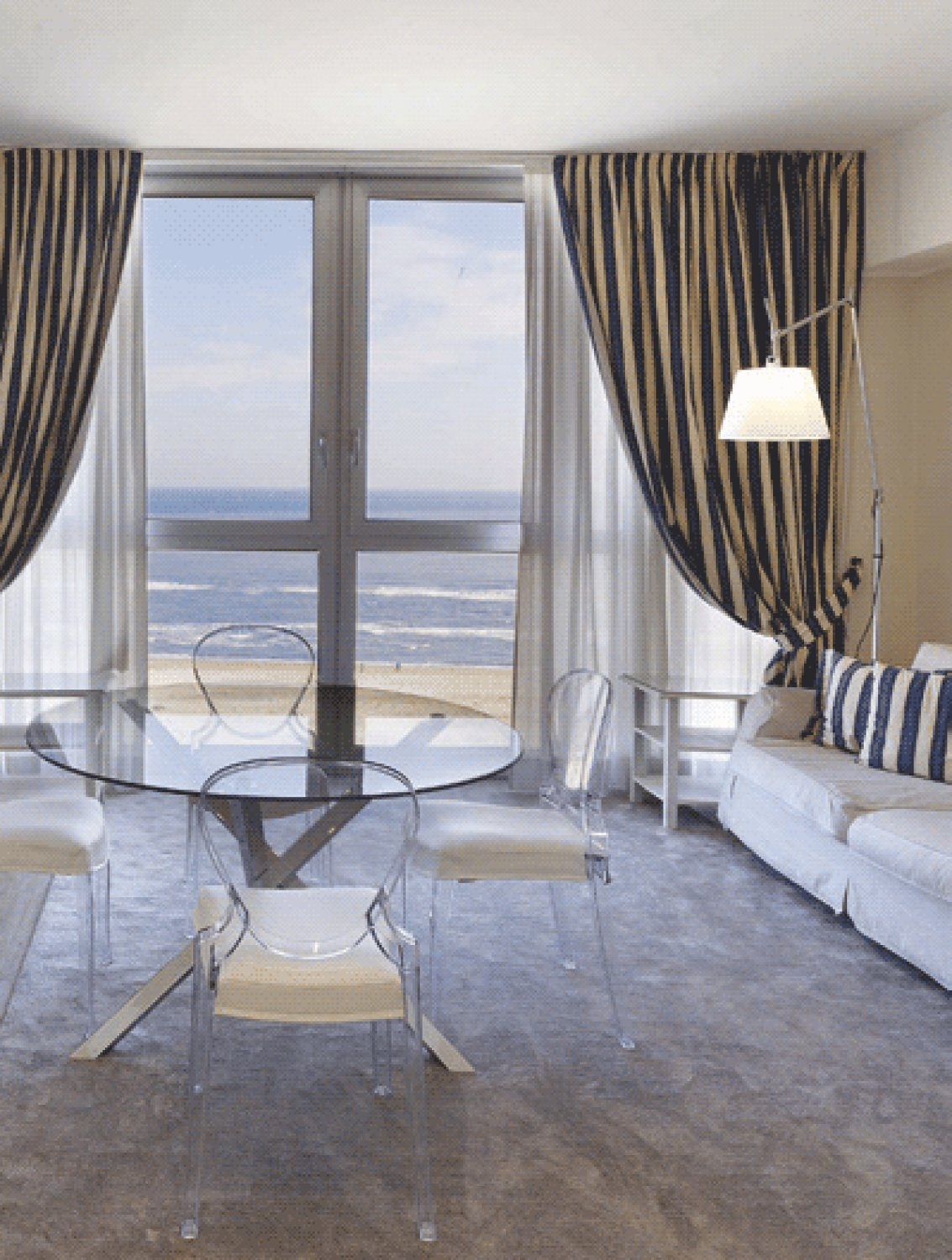 Residence lungomare riccione hotels chalet partners - Residence riccione con piscina ...