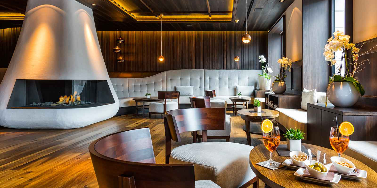 Hotel genziana hotels chalet partners orizzonte for Design hotel ortisei