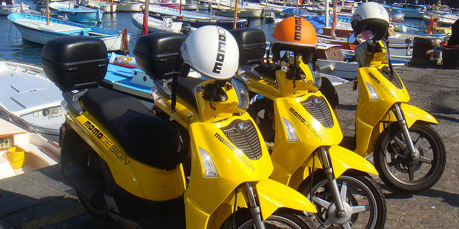 Oasi motor scooter and boat rental in capri partners for Blue sea motor inn