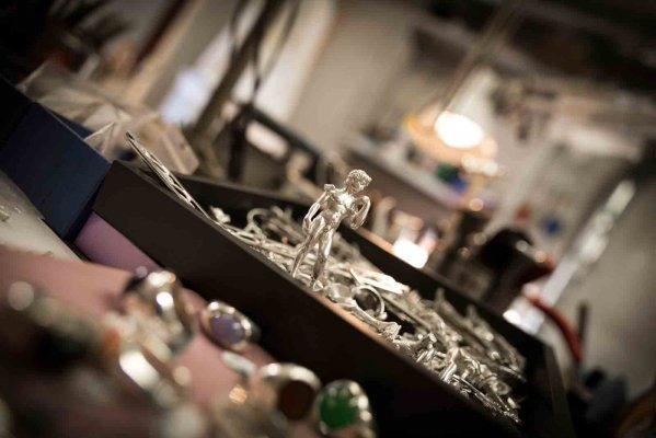 Fratelli Peruzzi - Artisan silverware and goldsmith in Florence