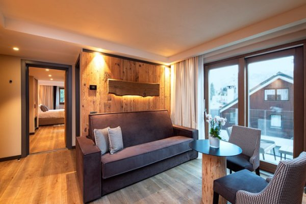 Hotel Le Massif - Hotel and Chalet in Courmayeur