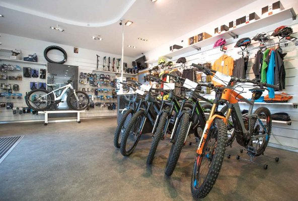 Peak Sport Adventure - bike sales and rental shop in Canazei