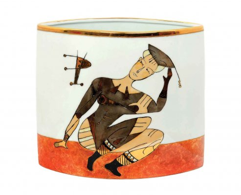 Figura amazzonica / 2015 / pottery pot with sheen and gold / 27 x 31 x 13 cm