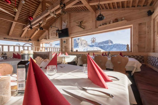 Rifugio Salei - Mountain chalet in Canazei