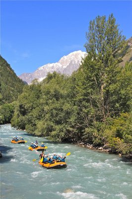 Rafting.it - Mont Blanc rafting on the Dora Baltea