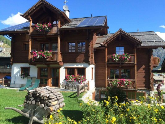 Nada Chalet in the centre of Livigno