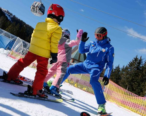 Ski and snowboard school in Madonna di Campiglio