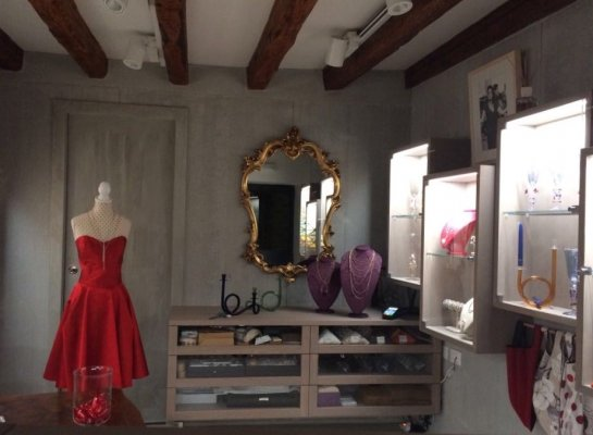 Specchio di Venere Hand made accessories in Venice