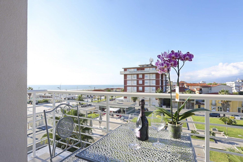 Hotel Nuovo Tirreno Holidays In Versilia Partners Orizzonte Italia Magazine